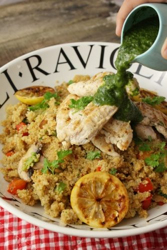 Recettes à 3€ de chez Delhaize: Quinoa sauté au poulet grillé