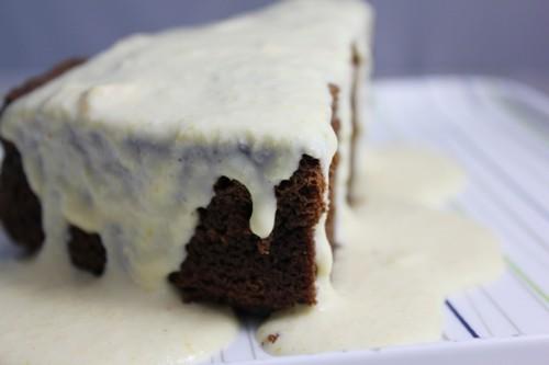 Halloween: gâteau au chocolat et potiron, sauce fromage frais et potiron