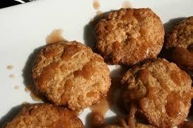 Biscuits au gingembre et caramel pimenté