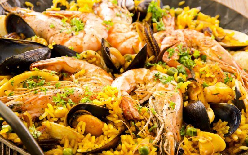 Palmiers aux éclats de pistaches grillées et chocolat noir aux baies roses de Bahia (Zaabär)