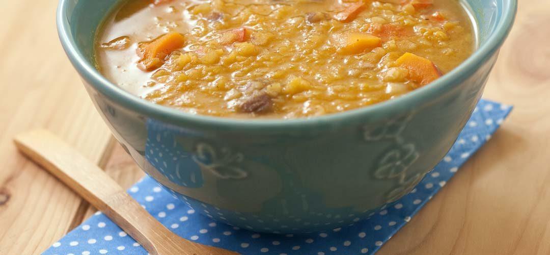 Soupe-repas au potimarron et châtaignes aux lentilles corail