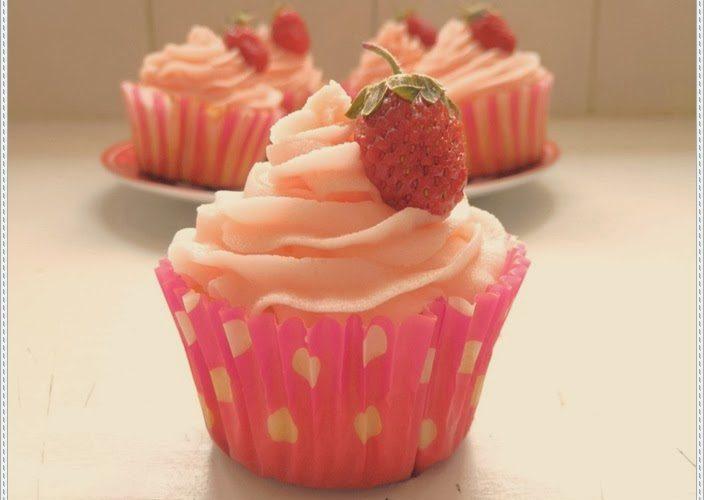 Cupcakes arôme fraise et crème au beurre