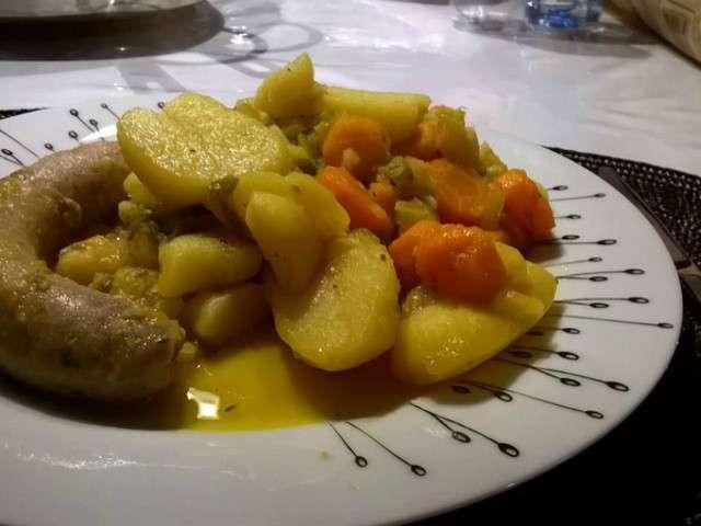 Potée de pommes de terre et céléri rave à la sarriette et curry