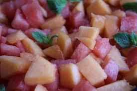 Salade de pastèque et melon de Cavaillon au sirop léger de menthe fraîche