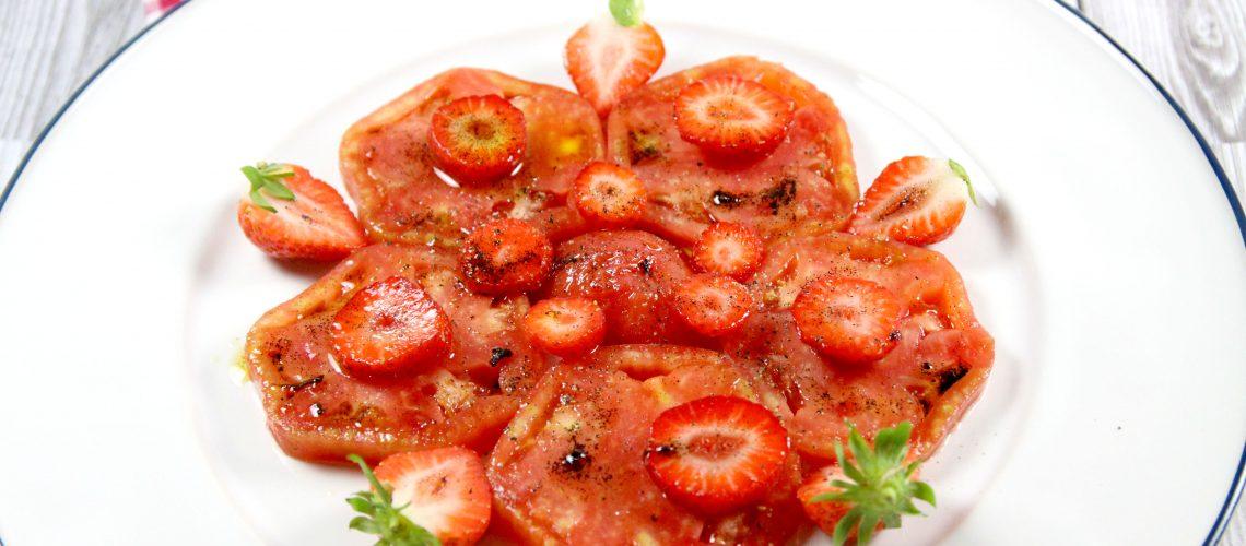 J'ai testé pour vous: Huile d'olive 'La Lieutenante' – Carpaccio de fraises à l'huile d'olive et au poivre noir