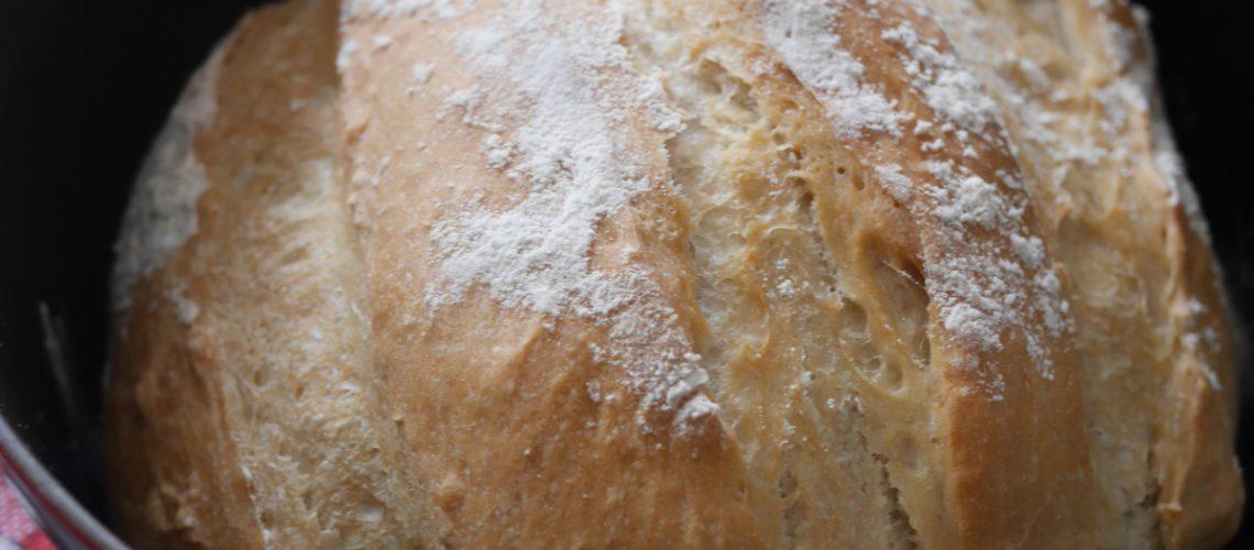 24ème ronde interblogs – pain cuit en cocotte