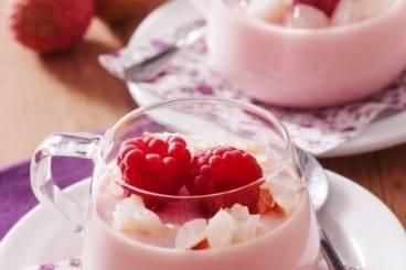 Petites verrines: crèmes de rhubarbe